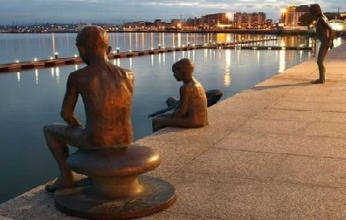 Monumento a los Raqueros en #Santander. http://www.hotelessantander.com/?page=paseocosteroporsantander.php