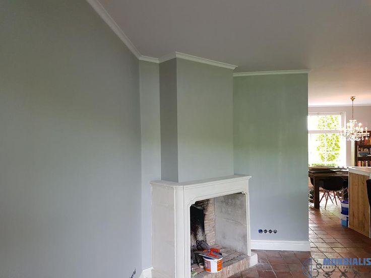 In Rosmalen hebben we deze woonkamereen restyling gegeven. Hier was sprake van een lambrisering van behang en daarboven spuitwerk. Dat afgewerkt m... Woonkamer Restyling - Rosmalen