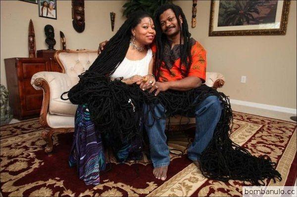 Обладательница самых длинных в мире волос Аша Мандела по прозвищу Раста-Рапунцель вышла замуж