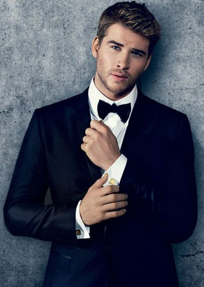 Crush on Liam Hemsworth.