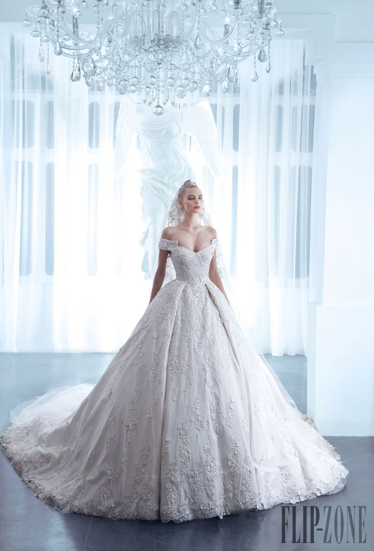 On pinterest christmas wedding receptions and 2016 wedding dresses