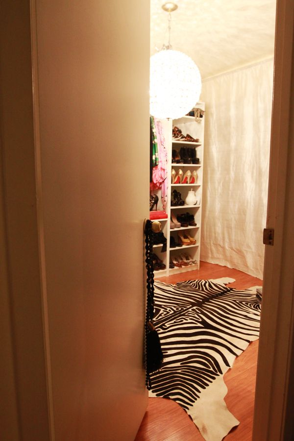 Ninis Closet Momma S Cave Ideas Pinterest Dressing Room Cave And Shelves