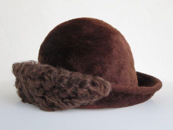 (from LesCurieux on Etsy) Vintage ladies fur trimmed hats/vintage women felted beaver hat/vintage accessories hats/vintage ladies fur hat/vintage retro fur hats