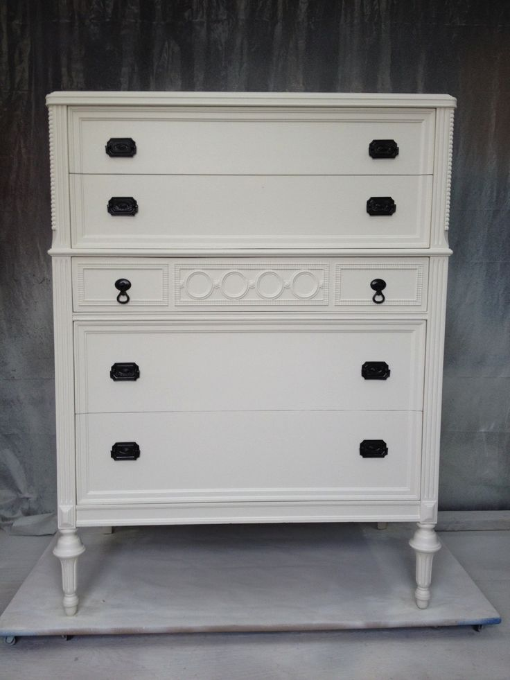 Marvelous McCormick Paint White Shadow Mc 001 This Item Has Been Sold