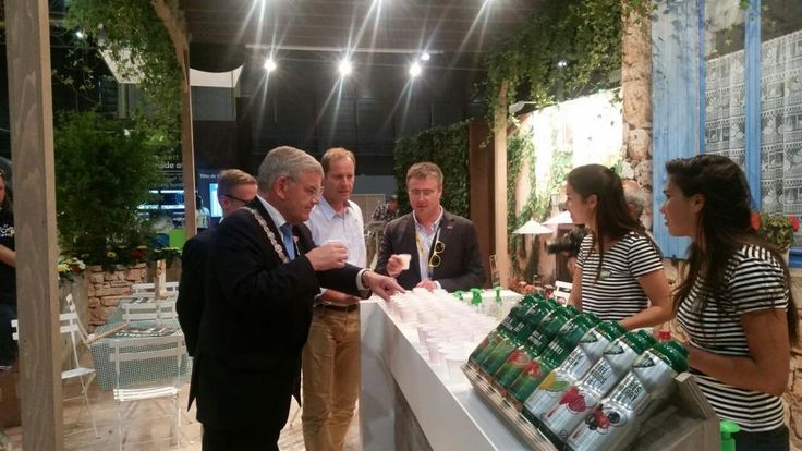 Utrecht mayor Van Zanen & Tour De France Director #Prudhomme at the #Teisseire stand about to enjoy some drinks.