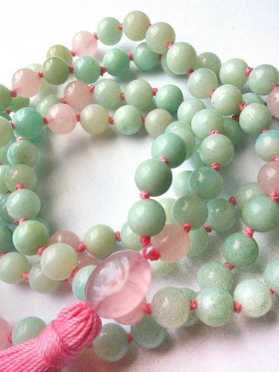 Hey, I found this really awesome Etsy listing at https://www.etsy.com/ru/listing/188000205/amazonite-rose-quartz-knotted-mala