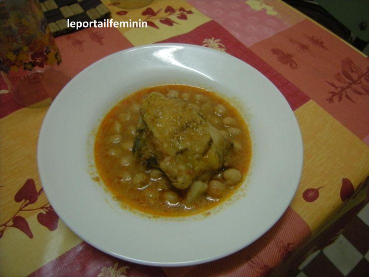 tajine de poulet aux pois chiches ; recette sur http://leportailfeminin.e-monsite.com/blog/cuisine-algerienne/chtetha-djedj-tajine-de-poulet-aux-pois-chiches.html
