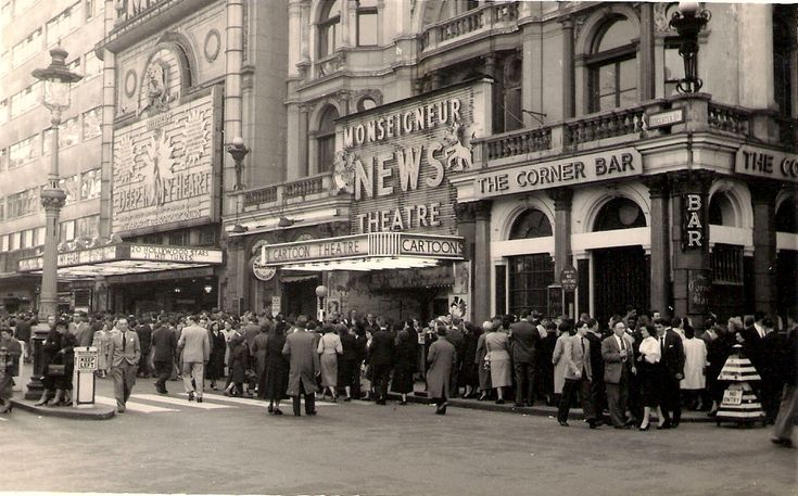 Leicester Square, London, 11 April 1955 - Amazing Midcentury Photographs of London  Best of Web Shrine