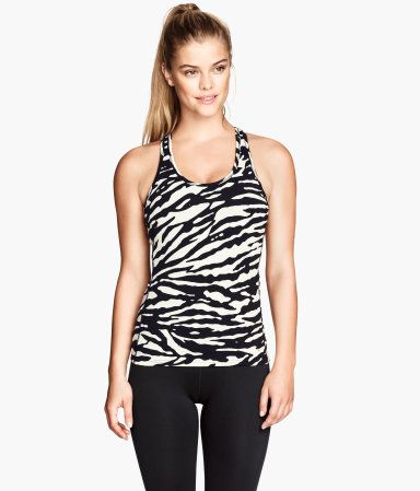 H & M Sports Tank // Trendy Workout Wear