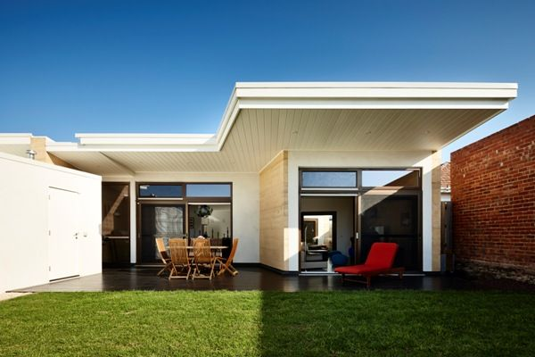 Northcote Hemp Houses by Steffen Welsch Architects / photography by Rhiannon Slatter