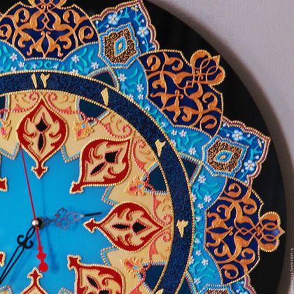 Купить или заказать 'Шохмели' часы настенные интерьерные. Точечная роспись. в интернет-магазине на Ярмарке Мастеров. 'Шохмели' ('Лучезарная') большие часы из стекла диаметром 50 см . Часы настенные интерьерные выполненные в технике точечной росписи по стеклу. Часовой механизм 'Grand Time' . Бесшумный , плавный ход. Батарейка АА ( в комплекте не идёт).
