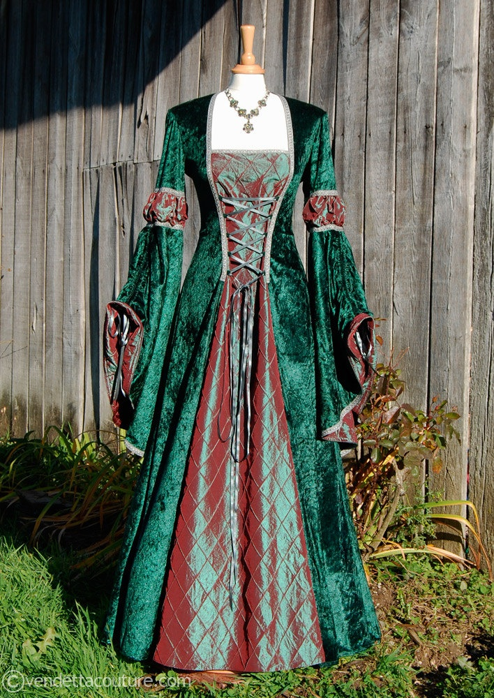 Romantic medieval inspired Dress/ Gown Size Medium with a hint of the festive season.