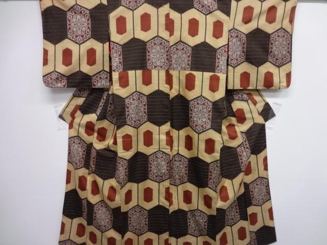 Kimono -OshimaTsumugi- Taisyo Roman   大正ロマン 本場村山泥大島紬変わり亀甲織り出し着物