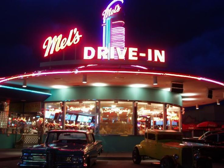 Mels Drive-In : Sacramento, California by Paige Ellis - Pixdaus