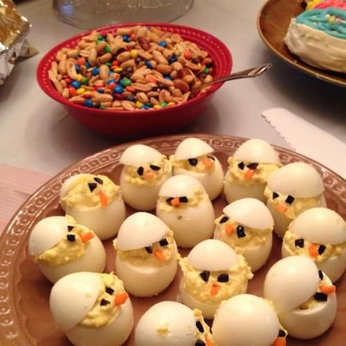 Creative & healthy Easter Idea - Easter Chick Deviled Eggs healthy holidays