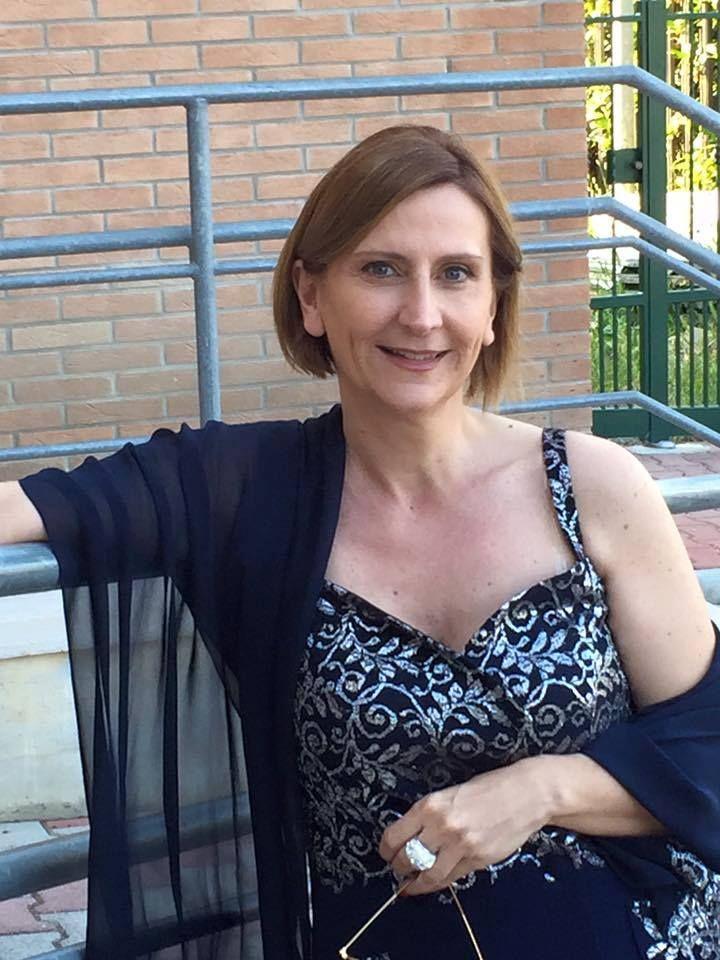 INTERVISTA A LORENA MARCELLI http://lindabertasi.blogspot.it/2016/10/le-autrici-ewwa-intervista-lorena.html