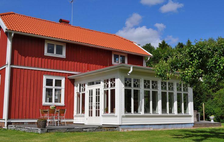 snickare, hantverkare, renovering, tillbyggnad, ombyggnad, badrum, fönsterbyte, takbyte. Skillingaryd, Vaggeryd, Värnamo, Jönköping.