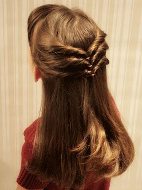 "This ""Triple Chevron Style"" is an easy and super cute style for girls with long hair! http://www.ivillage.com/hairstyles-girls-long-hair/6-b-385133#385776"