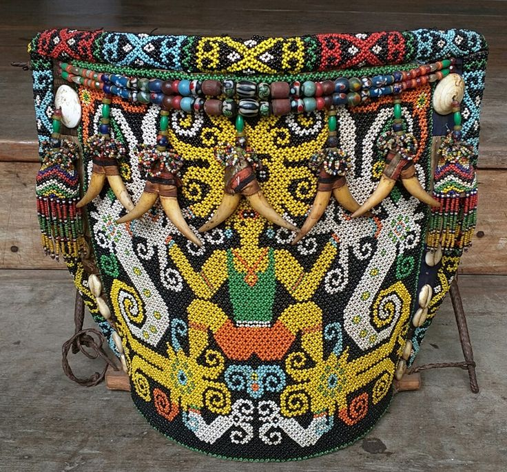 Kenyah Borneo beaded baby carrier. from www.kulukgallery.com #beads #indonesia #borneo #kalimantan