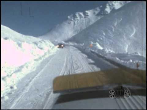 Dalton Highway/Haul Road in winter