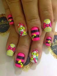 Resultado de imagen para uñas  decoradas con flores y mariquitas 2015 para pies