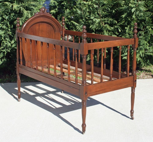 Victorian Walnut Poplar Child's Youth Toddler Size Bed Circa 1880