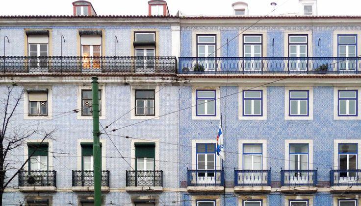 Joyeux Noël DIY boules à motifs Lisbonne azulejos par Les Trafiquantes