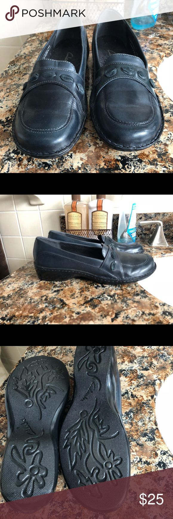 Navy blue Clark shoes, size 6M Worn one time. Clarks Shoes Flats & Loafers