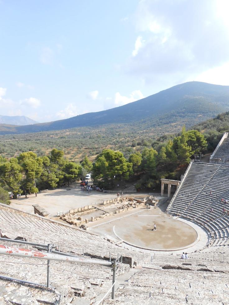 Theater in Epidaurus - die Aussicht einfach der Wahnsinn!