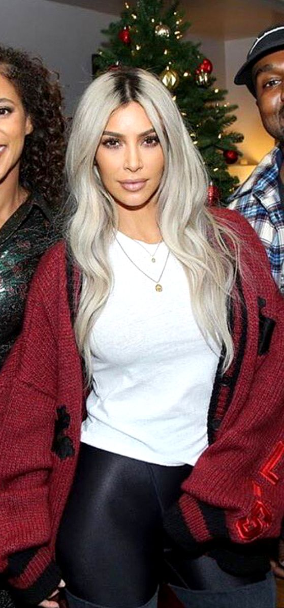 Pinterest Deborahpraha  Kim Kardashian Platinum Blonde -1880