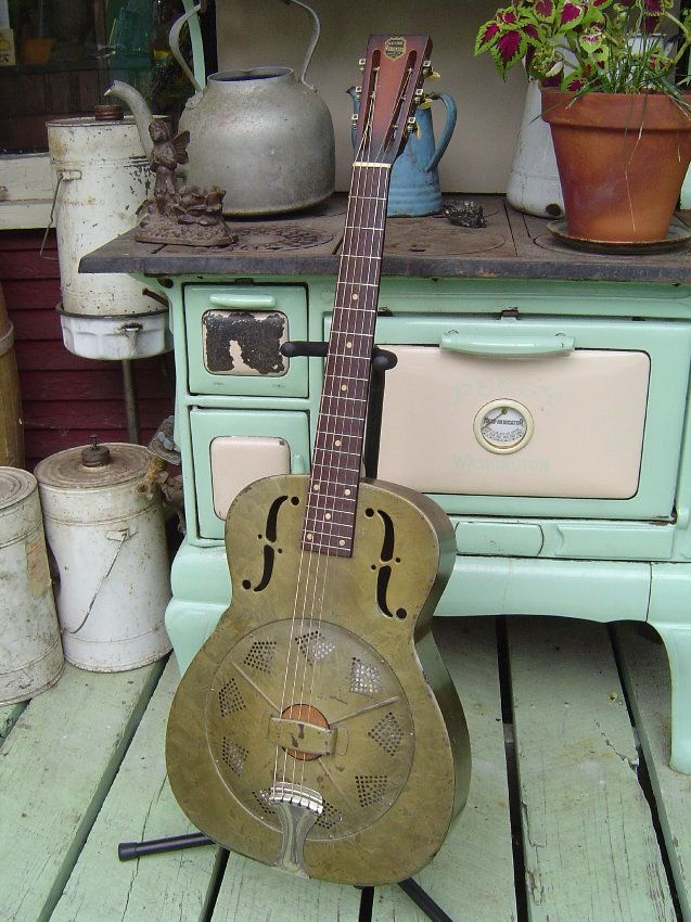 Antebellum Instruments: c.1934 National Duolian Resonator Guitar    #resonator #guitar #vintage  http://antebelluminstruments.blogspot.com/2010/06/c1934-national-duolian-resonator-guitar.html