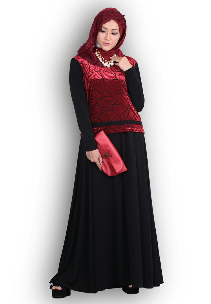 Dress bludru berbahan lembut dan mewah ini akn semakin menambah cantik penampilan kita