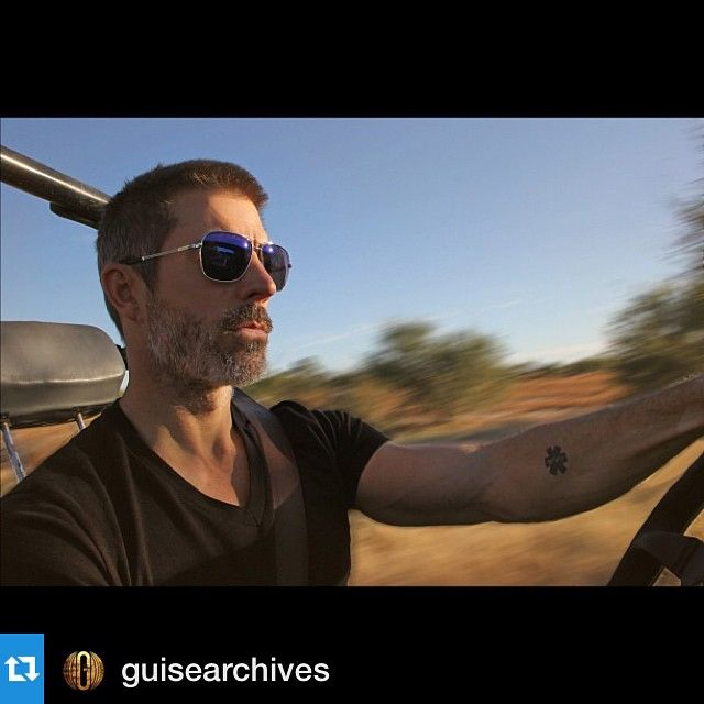 #Repost @guisearchives we love this picture of Matt rocking his #tavat ! ・・・ Matt wearing Tavat Ace with blue Melanin lenses. Get 'em at Guise. #tavateyewear #sunglasses #fashion #eyewear #melrose #losangeles #instafashion #guisearchives #nofilter