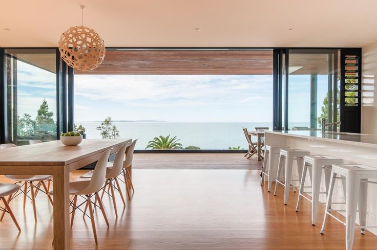 A LiTTLE LiGHTING LoVE...  We LoVE this iconic David Trubridge Coral light. http://www.iconichomes.co.nz/gallery