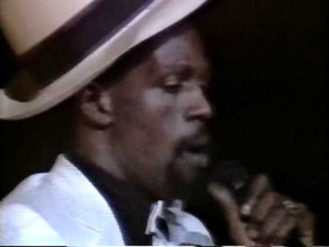 Gregory Isaacs - The Cool Ruler (RIP Gregory)  Live At Brixton Academy, 1984 (FULL CONCERT)
