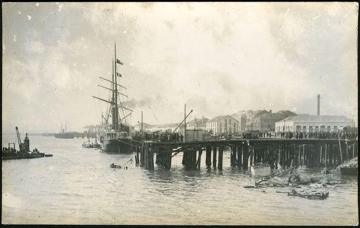 22 de marzo de 1894.  la explosión del vapor CABO MACHICHACO en Santander. En 1898 es vendido a Armement Bonneroy, de Marsella, y renombrado ESPAGNE. Se desguaza en 1899 en la misma localidad