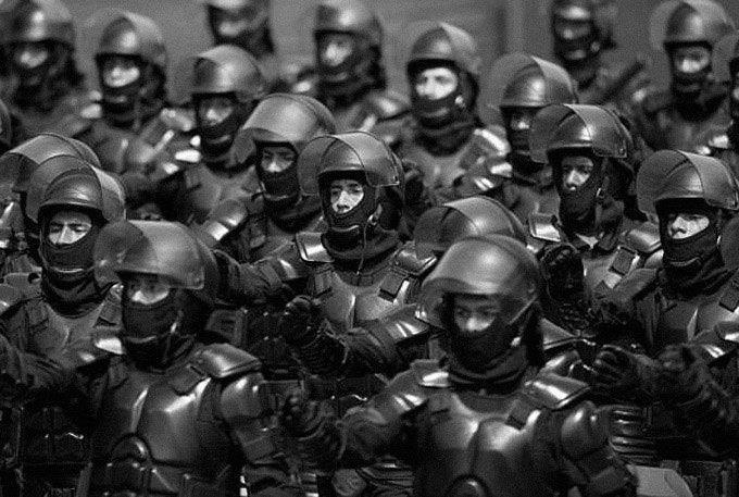 Военные костюмы роботов из будущего