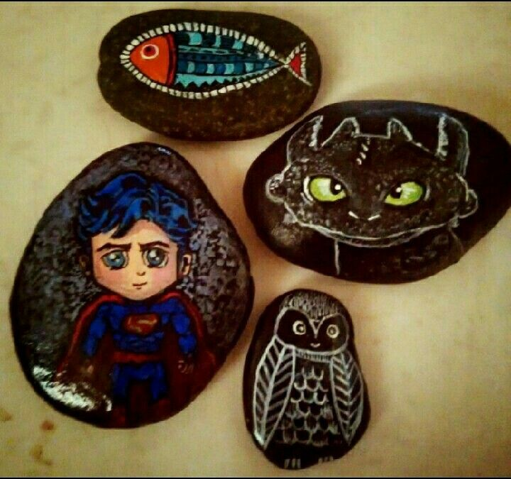 Painted stones, painted pebbles
