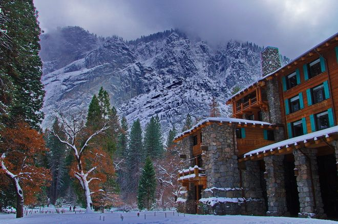 What A Stay at the Ahwahnee Hotel In Yosemite NP Looks Like - California