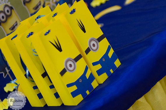 Despicable Me's Favor Bags, Minion Gift Bag, Minion Goodies Bag, Minion Bag, Minion Party, Minion Decorations, Despicable Me Party,