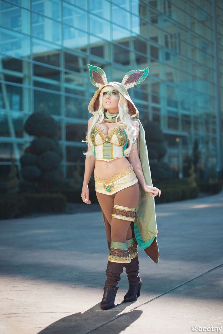Pokemon - Leafeon [Cosplay by Jessica Nigri] by beethy.deviantart.com