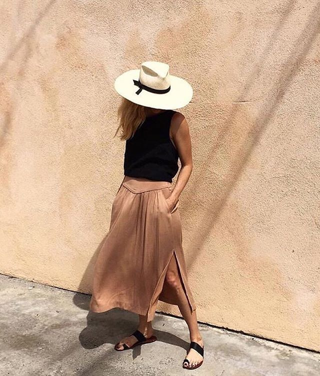 Shade yourself in style. #regram @gladys_tamez_millinery #NMstreetstyle #neimanmarcus #gladystamezmillinery