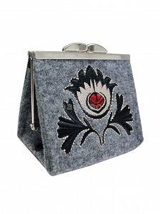 GOSHICO embroidered purse/mini bag GODDESS http://www.mybags.co.uk/goshico-embroidered-purse-mini-bag-new-folk-602.html