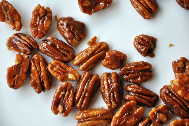 Glazed nuts, toffee nuts, caramelized nuts…whatever you call these sweet and salty bites, they are crunchy and delicious!  And so easy to make.  I mean really.  These nuts come together in ab…