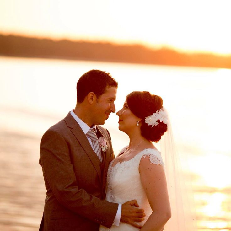 Vintage inspired wedding, Khao Lak. Gown, hair & makeup by Ervan Woo, photography by Mott Visuals