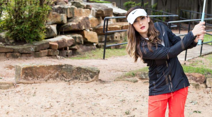 Quand vous jouez sur un Golf public, vous êtes en général autorisés à porter tout ce qui semble approprié. Souvent, les femmes qui débutent ou qui jouent de temps en temps viennent jouer en …