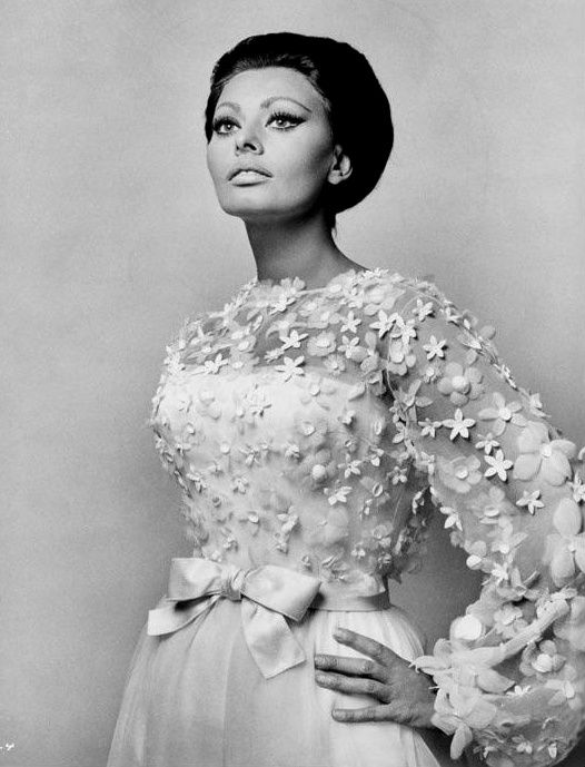 1966 Sophia Loren in one of the fabulous costumes she wore in the film ''Arabesque'' designed exclusively for her by Marc Bohan of Christian Dior
