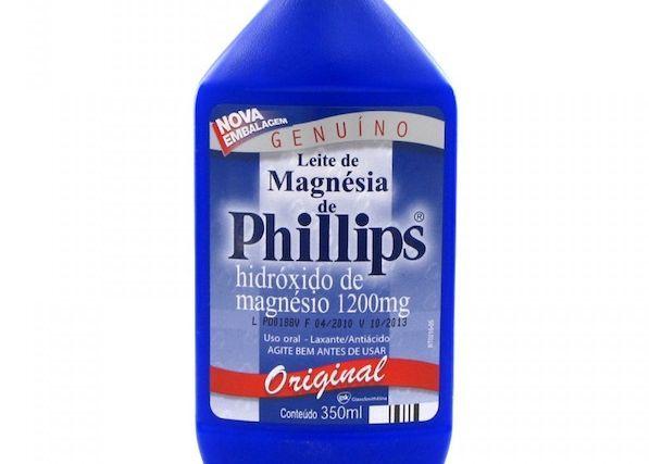 Diminuindo a oleosidade da pele com Leite de Magnésia de Phillips
