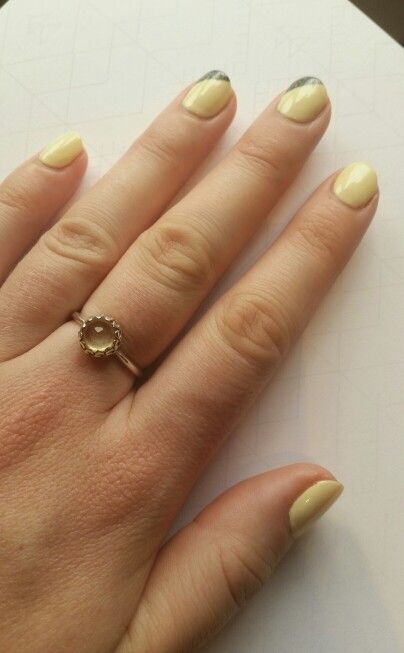 Loving my new creamy butter yellow nails by Lee xx they go with my ring so well!!