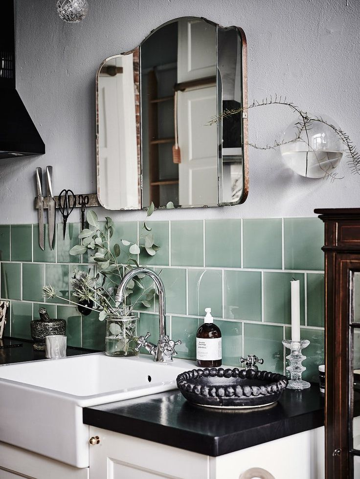 Best 25+ Green subway tile ideas on Pinterest | Glass subway tile ...